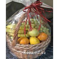 Basket of juicy fruits - Photo 1
