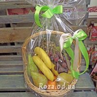 Basket of juicy fruits - Photo 2