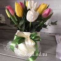 Тюльпани в коробці - Фото 1