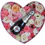 Цветы и алкоголь в коробке - цветы и букеты на roza.od.ua