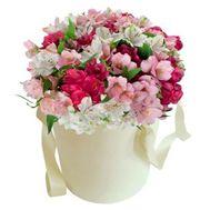 Альстромерии в коробке - цветы и букеты на roza.od.ua