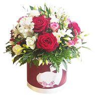 Цветы в шляпной коробке - цветы и букеты на roza.od.ua