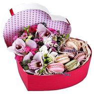 Цветы с макарунс - цветы и букеты на roza.od.ua