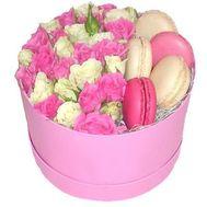 Flowers in a box Odessa - цветы и букеты на roza.od.ua