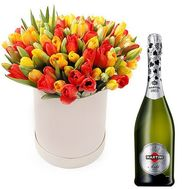 Tulips in a box of champagne - flowers and bouquets on roza.od.ua