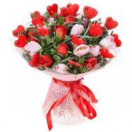 Букет тюльпанов с сердцами - цветы и букеты на roza.od.ua