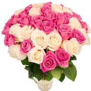 Нежный букет из белых и розовых роз - цветы и букеты на roza.od.ua