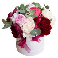 Multicolored peonies in a box - flowers and bouquets on roza.od.ua