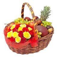 Корзина с цветами и фруктами - цветы и букеты на roza.od.ua