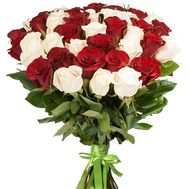 41 красная и белая импортная роза - цветы и букеты на roza.od.ua
