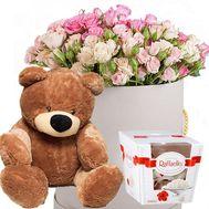 Цветы с мишкой и Raffaello - цветы и букеты на roza.od.ua