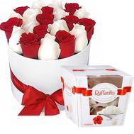 importnye-rozy-i-raffaello - цветы и букеты на roza.od.ua