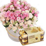 Кустовые розы с Ferrero - цветы и букеты на roza.od.ua