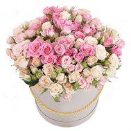 Кустовые розы в коробке - цветы и букеты на roza.od.ua