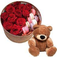 Мишка и цветы с макарунами - цветы и букеты на roza.od.ua