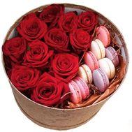 11 роз с Macarons - цветы и букеты на roza.od.ua