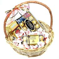 Basket Lavazza coffee and candy - flowers and bouquets on roza.od.ua