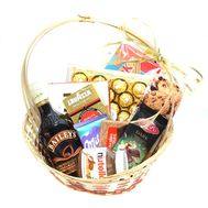 """Baileys Liquor Basket"" in the online flower shop roza.od.ua"