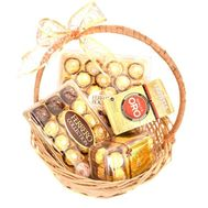 """Ferrero Rocher and Lavazza Gift Basket"" in the online flower shop roza.od.ua"