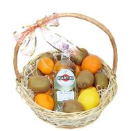 Martini и фрукты в корзине - цветы и букеты на roza.od.ua