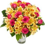 Bouquet of 11 roses and 12 alstroemerias - flowers and bouquets on roza.od.ua