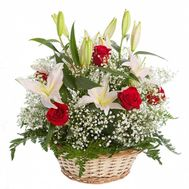 Basket of roses and lilies - flowers and bouquets on roza.od.ua