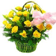 Корзина из 23 желтых роз - цветы и букеты на roza.od.ua