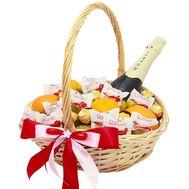 Небольшая подарочная корзинка - цветы и букеты на roza.od.ua
