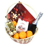 Gift Basket with Martini Asti - flowers and bouquets on roza.od.ua