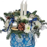 Christmas composition in a box with candles - flowers and bouquets on roza.od.ua
