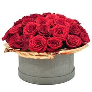 Large bouquet of roses in a box - flowers and bouquets on roza.od.ua