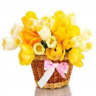 Корзина тюльпанов - цветы и букеты на roza.od.ua