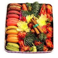 Cakes for the New Year - flowers and bouquets on roza.od.ua