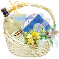 Подарочная корзина - цветы и букеты на roza.od.ua