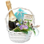 Gift Basket - flowers and bouquets on roza.od.ua