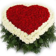 Heart of 350 roses - flowers and bouquets on roza.od.ua