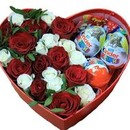 Roses and sweets - flowers and bouquets on roza.od.ua