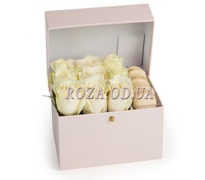 """White Roses and Macaroons"" in the online flower shop roza.od.ua"
