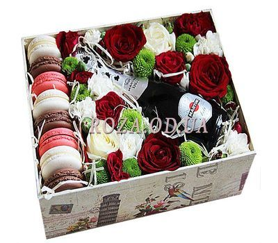 """Flowers with champagne and macaroons"" in the online flower shop roza.od.ua"