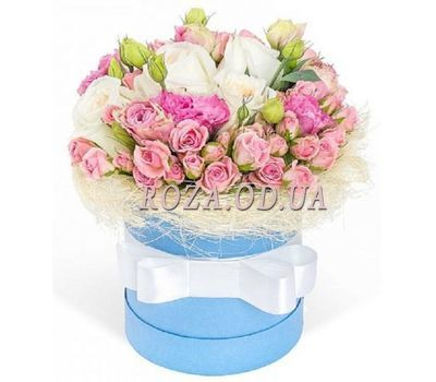 """Composition in a box"" in the online flower shop roza.od.ua"