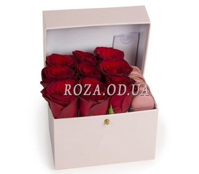 """Red Roses and Macaroons"" in the online flower shop roza.od.ua"