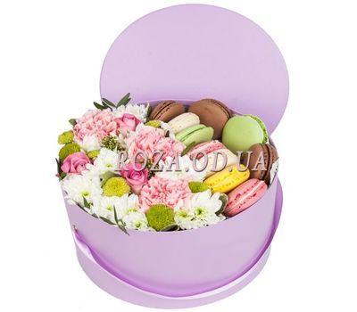 """""""Макарунс и цветы в коробке"""" в интернет-магазине цветов roza.od.ua"""