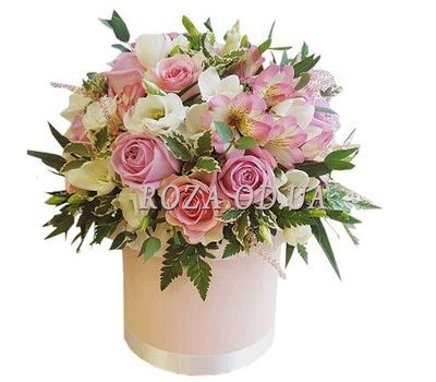 """Stylish bouquet in a box"" in the online flower shop roza.od.ua"
