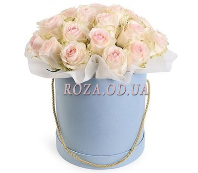 """White roses in a box"" in the online flower shop roza.od.ua"