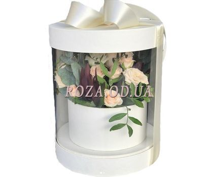 """Bouquet in a transparent box"" in the online flower shop roza.od.ua"