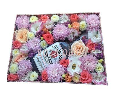 """Flowers and whiskey in a box"" in the online flower shop roza.od.ua"
