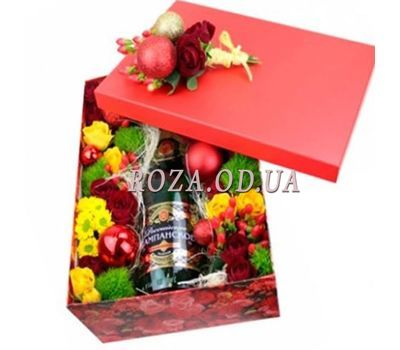 """Champagne for the New Year"" in the online flower shop roza.od.ua"