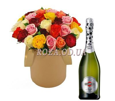 """Roses and champagne"" in the online flower shop roza.od.ua"