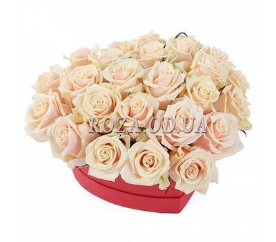 """Heart of Cream Roses"" in the online flower shop roza.od.ua"