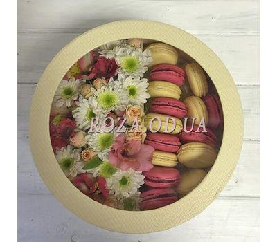 """""""Цветы в коробке и макаруны"""" в интернет-магазине цветов roza.od.ua"""